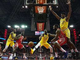 Rockets schlagen Golden State und verabschieden Melo