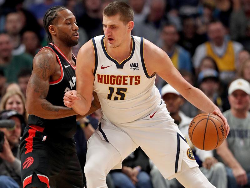 Nikola Jokic und die Nuggets spielen bisher eine überragende Saison.