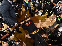 Bilder: James erl�st ganz Cleveland - Curry entt�uscht