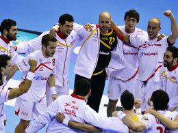 Spanische Jubeltraube: Der Gastgeber ließ Serbien im Achtelfinale keine Chance.