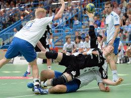 Larsson und Jakobson vs. Hansen