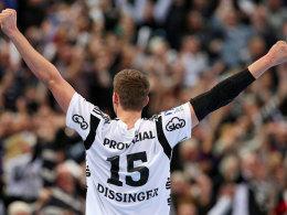 Jubel im Kieler Trikot: Christian Dissinger steigerte sich stetig beim THW.
