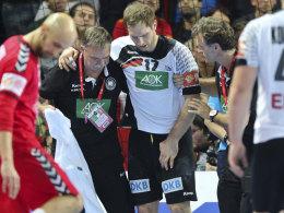 Steffen Weinhold hält sich die Leiste
