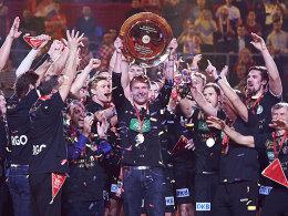 Wir sind Europameister: Jubelnde Handballer.