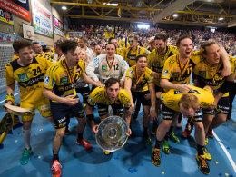 Eiskalt! Die L�wen feiern die erste deutsche Meisterschaft