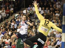 Flensburg gewinnt Topspiel - Kiel und SCM halten Schritt