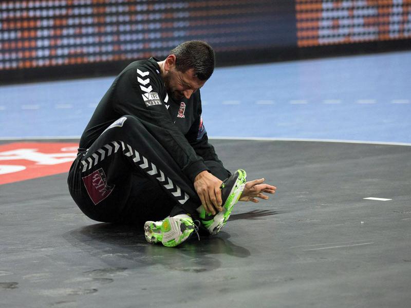 Er schied bereits in der ersten Hälfte verletzt aus: Veszprems Keeper Arpad Sterbik.