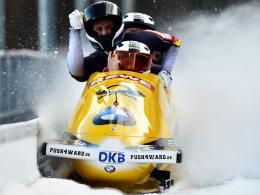 Freude nach dem Sieg: Maximilian Arndt beim Viererbob-Weltcup.