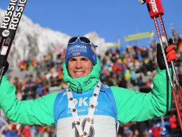 Siegerlächeln: Simon Schempp gewann den Sprint in Antholz.