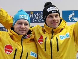 Podestplatz zum Weltcupfinale: Francesco Friedrich mit Anschieber Candy Bauer.