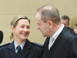 Beim Prozess vor dem Bundesgerichtshof: Eisschnelll�uferin Claudia Pechstein.