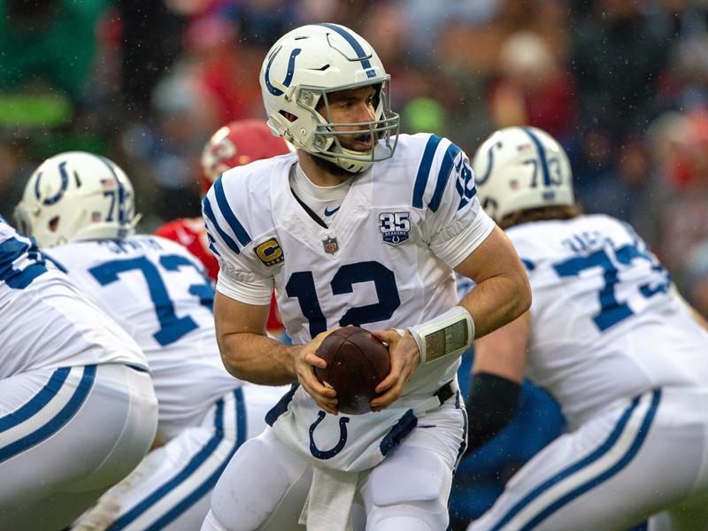 Was auch immer er probierte, es brachte fast nie etwas ein: Colts Quarterback Andrew Luck agierte unglücklich.