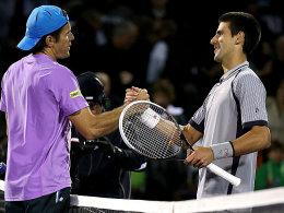 "Glückwunsch! Novak Djokovic zollt ""Oldie"" Tommy Haas (l.) Respekt."