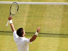 Djokovic rettet Jubiläum von Coach Boris Becker