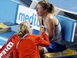Untröstlich: Anna-Lena Friedsam hatte den Sensations-Sieg vor Augen, doch ihr Körper spielte nicht mit.