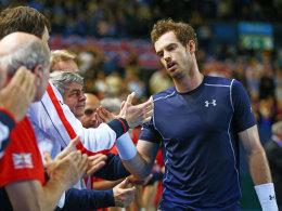 Sichtlich gezeichnet: Andy Murray nach dem Fünfsatz-Match gegen Nishikori.