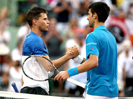 Dominic Thiem (links) mit Novak Djokovic