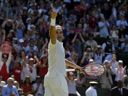 Spektakuläre Aufholjagd: Federer im Halbfinale