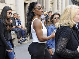 Shopping in Mailand statt Tennis in China: Serena Williams plagen derzeit Schulterprobleme.