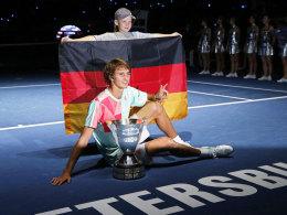 Alexander Zverev nach seinem Turniersieg in St. Petersburg