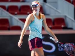 Kerber rächt sich wieder - Sharapova kämpft drei Stunden