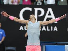 Nadal und Wozniacki unter den letzten Acht