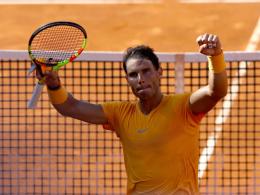 Dreisatzsieg: Nadal stoppt Zverevs Siegesserie