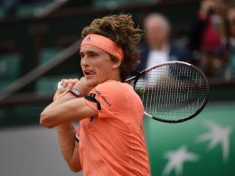 Wieder in fünf Sätzen: Zverev in Paris im Viertelfinale