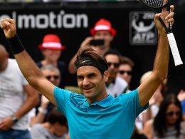 Federer siegt und ist wieder Erster!