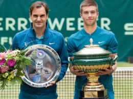 Nicht mehr die 1: Coric überrascht Rasenkönig Federer