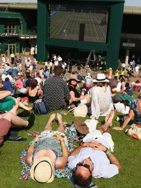 K�mpfer gesucht: Hitzeschlacht in Wimbledon!