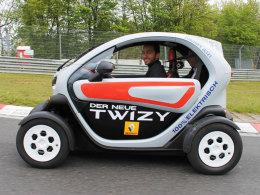 Twizzy auf Nürburgring-Tour