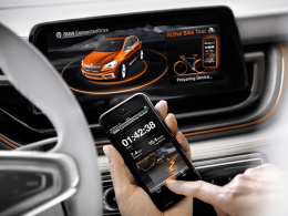 BMW Concept Active Tourer Outdoor/Routenplanung per Smartphone