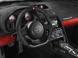 Lamborghini Gallardo LP 570-4 Squadra Corse innen