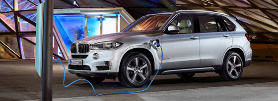 x5 xdrive 40e erster plug in hybrid von bmw neuheiten kicker. Black Bedroom Furniture Sets. Home Design Ideas