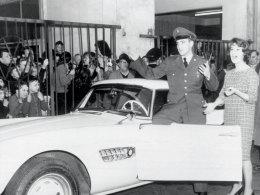 Elvis bei Auto-Übernahme