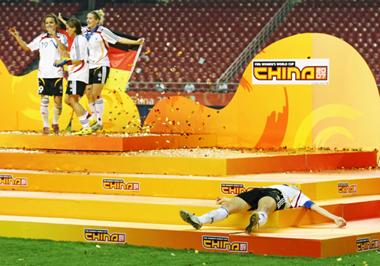 Fußball, 2. Preis
