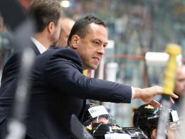 DEB-Trainer Sturm verlängert bis 2022 - Goc ist Kapitän