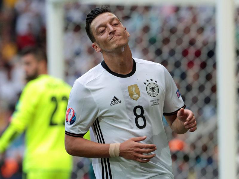 An ihm schieden sich die Geister: mesut Özil.