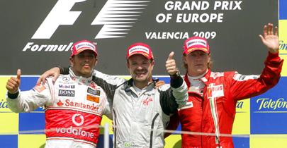 Das Sieger-Trio punktete für Schröder: Hamilton, Barrichello und Räikkönen (v. li.).
