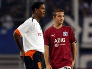 Werden keine Teamkollegen: Hamburgs Rafael van der Vaart und sein Landsmann Patrick Kluivert.