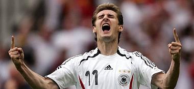Der Top-Torjäger bei der Weltmeisterschaft und in der Bundesliga: Bremens Miroslav Klose Weltklasse.