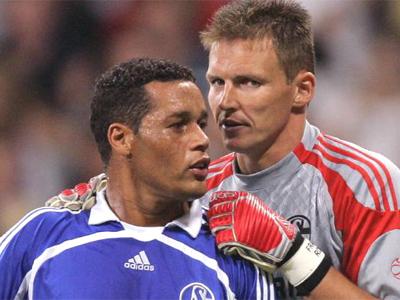 Ihr Einsatz gegen Bremen bleibt fraglich: Keeper Rost und Defensivmann Rodriguez.
