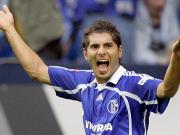 Halil Altintop bejubelt seinen Treffer gegen Frankfurt
