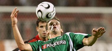 Nur Augen für den Ball: Delura war am negativen Höhepunkt der Partie beteiligt.