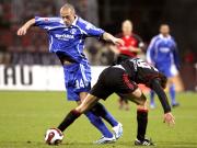 Schalkes Pander (li.) gegen Nürnbergs Kristiansen