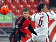 Behielt die Übericht: Nürnbergs Gresko (li.) traf gegen Stuttgart