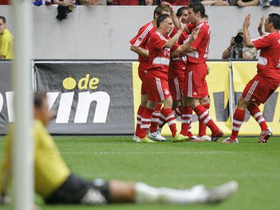 Werder-Keeper Wiese frustriert, Bayern im kollektiven Jubel