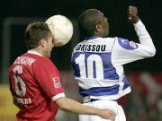 Daniel Schumann gegen Mohamadou Idrissou