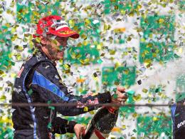 Premiere: Im Jahr 2010 gewann Red-Bull-Pilot Sebastian Vettel erstmals in Brasilien.